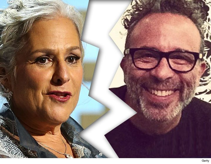 'Friends' Creator Marta Kauffman -- Single Again ... And Loaded - http://blog.clairepeetz.com/friends-creator-marta-kauffman-single-again-and-loaded/