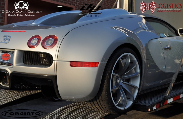 bugatti veyron with custom wheels wheels pinterest. Black Bedroom Furniture Sets. Home Design Ideas