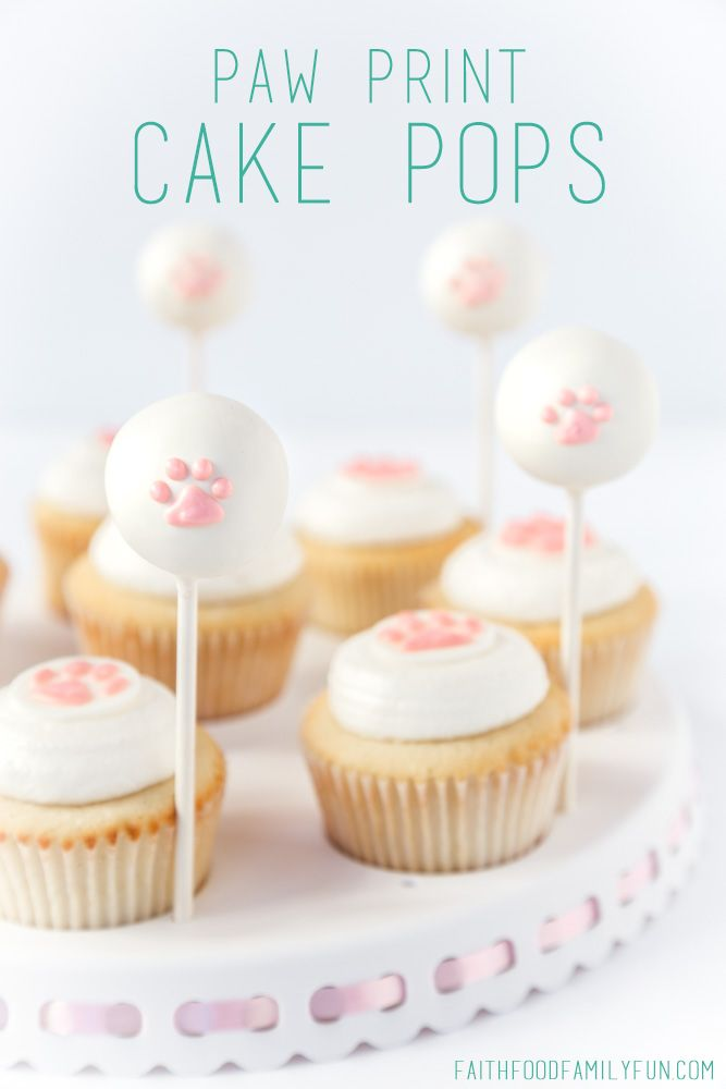 Best 25+ Paw print cakes ideas on Pinterest | Paw patrol ...
