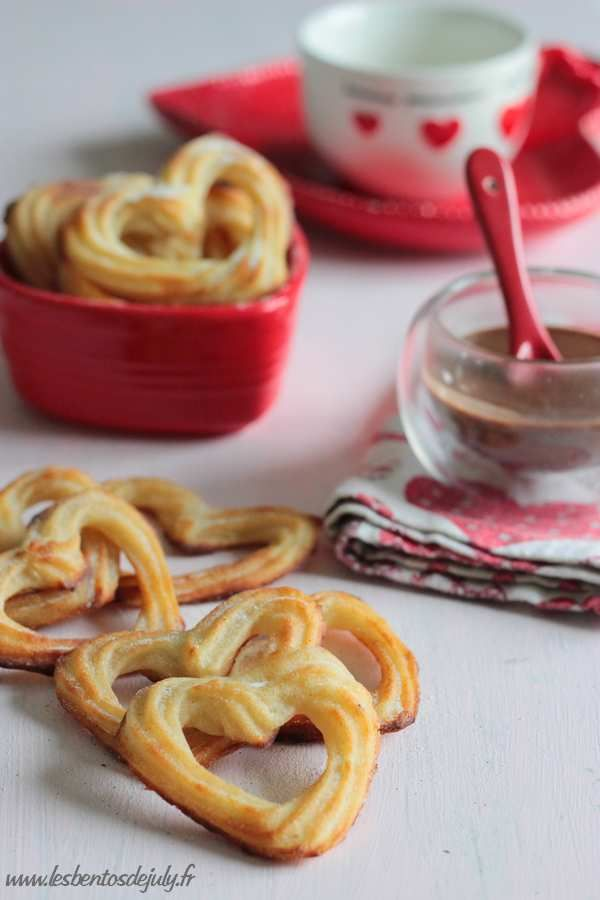 Churros en forme de ♥ 0%mg {cuits au four