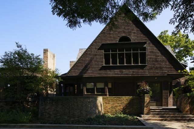 Frank Lloyd Wright Architecture - A Selection of Buildings: 1889: The Frank Lloyd Wright Home