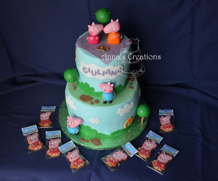 Pappa pig cake and cookie