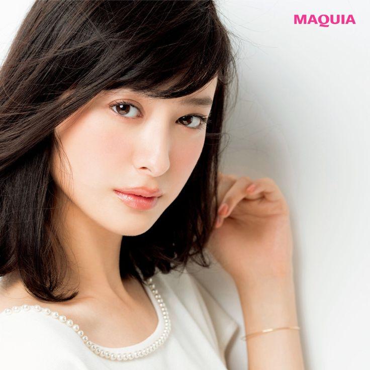日本人に多い【イエローベース肌】に似合う秋の新色リップはコレ! | MAQUIA ONLINE(マキアオンライン)