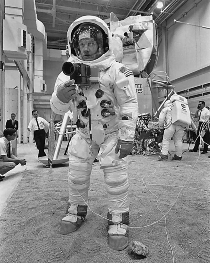 astronauts apollo 11 visite - 645×925