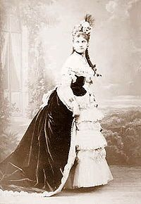 Helene de Pourtales c1900.jpg