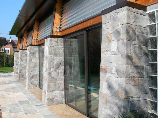 Steinwand - Steinfassade - Verblender - Wandverkleidung - Steinoptik - Alamo gray |Steinwand - Verblender - Wandverkleidung - Steinoptik - Altaia lava | steingewand.de