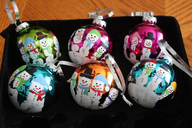 Christmas Craftiness: Preschool Handprint Santas & Snowmen Ornaments