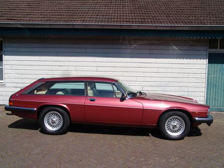 Didn't even know these editions ever existed! 1988 Lynx Eventer V12 HE - Silverstone Auctions