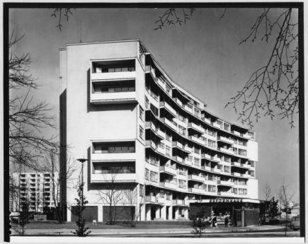 Walter Gropius, Interbau Apartment-Block, 1956-1957