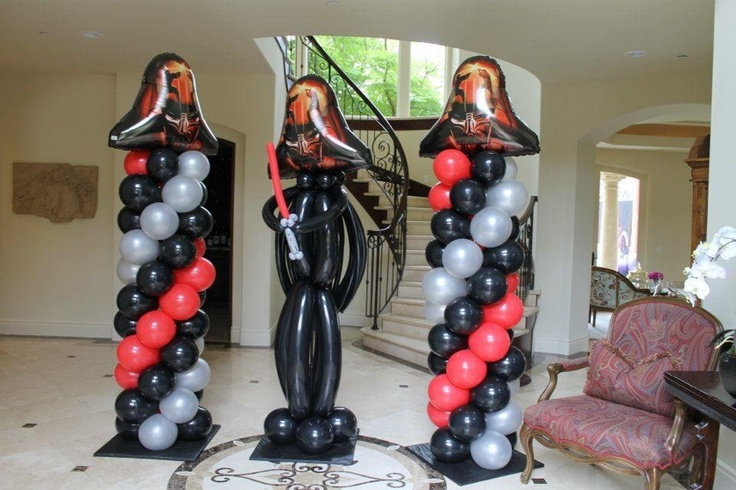 Star wars balloons. Darth vader balloon sculpture  Www.bogeysbouncers.com