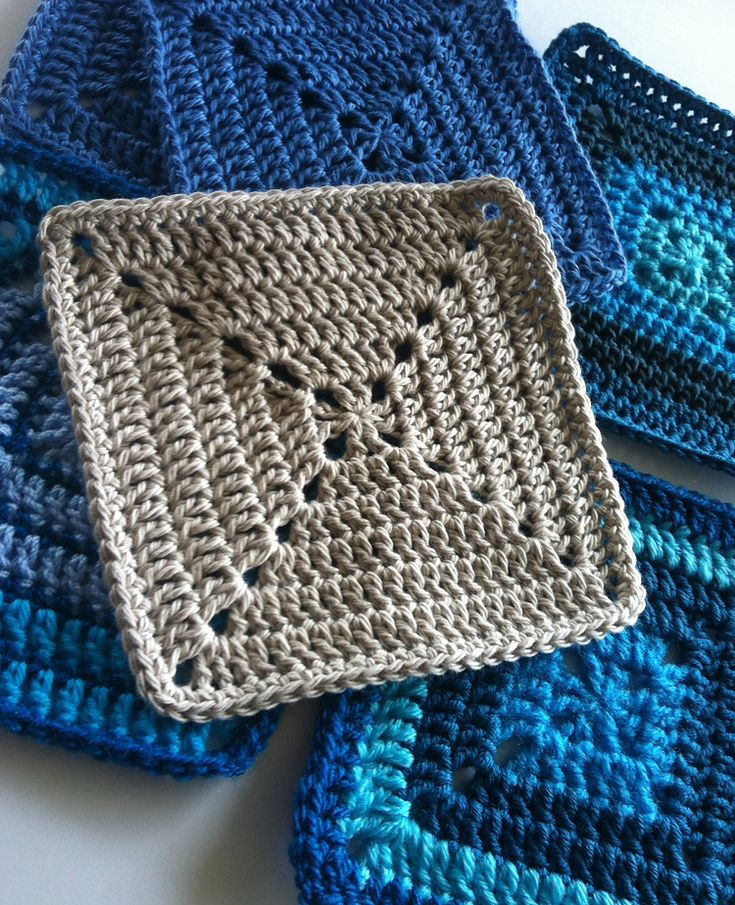 Sylvester Granny Knitting : Solid granny square motif for beginners by shelley husband