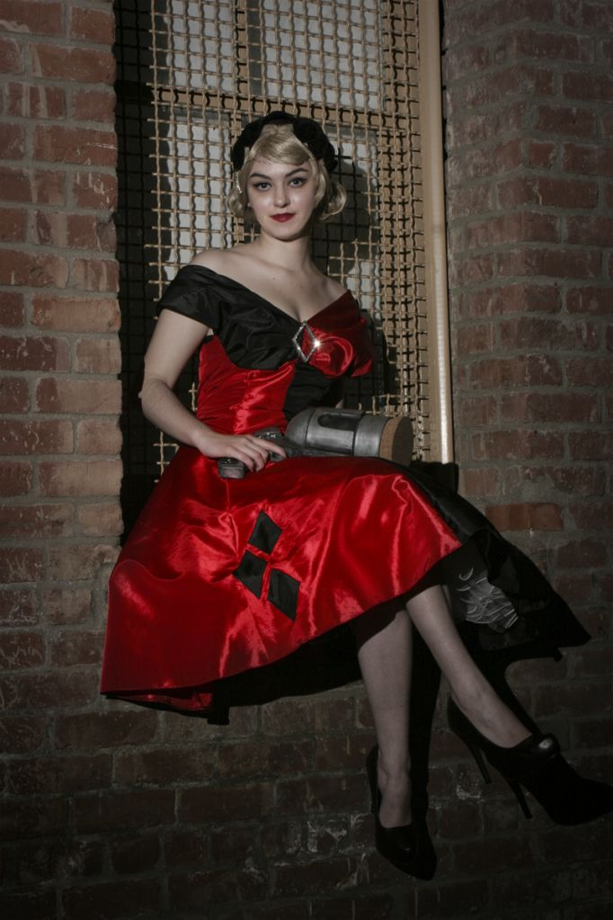 Harley quinn outfit possibility rockabilly holiday 39 s for Harley quinn wedding dress