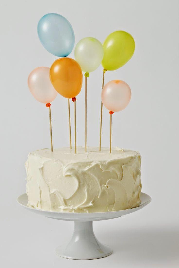 Τα γενέθλια της Χριστίνας, τα γιορτάσαμε με ένα πικ νικ πάρτι, με πολλά μπαλόνια (μιας και αυτό ήταν το θέμα του πάρτι) με φίλους κα...