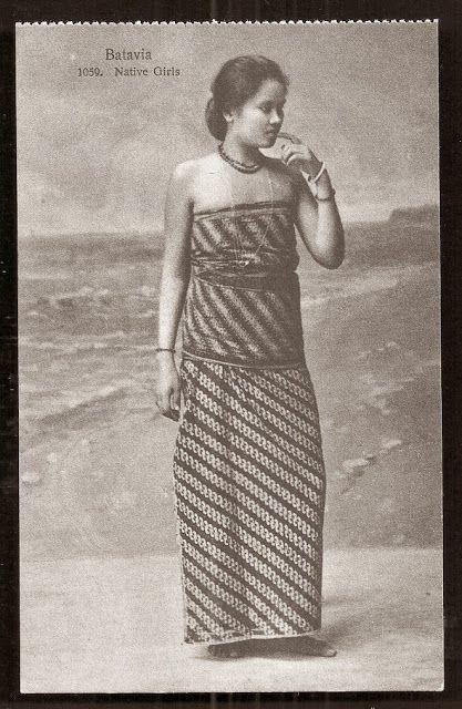 OPOI: Batavia Girl on Batik Costume ~ Batavia ~ Jakarta Indonesia ca 1910