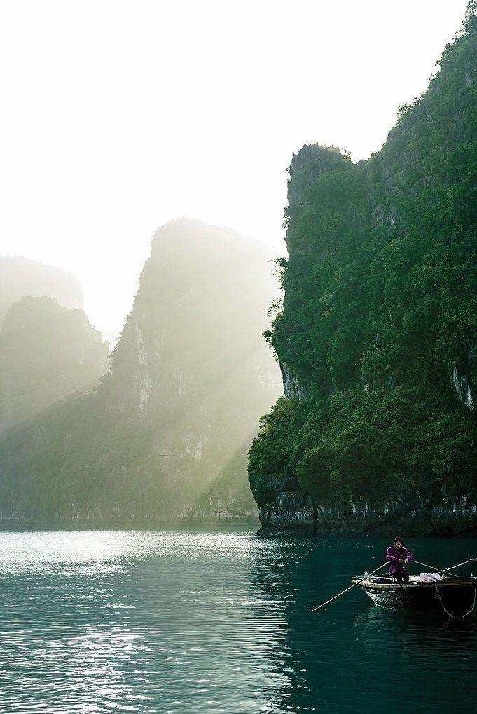 Bai Tu Long Bay, Vietnam / Sharon Radisch | Photographer