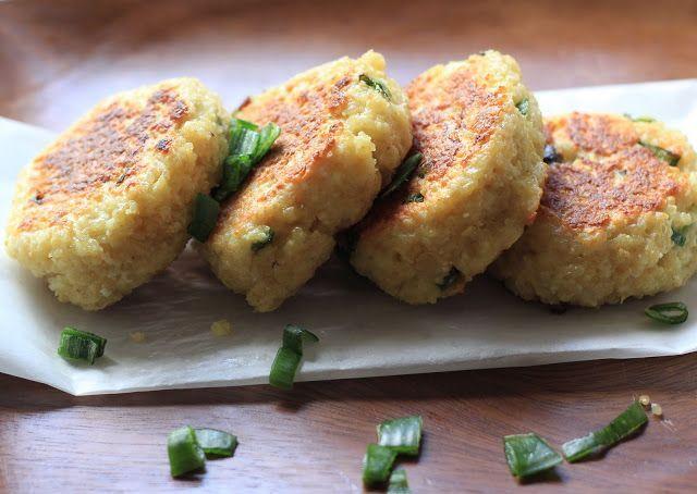 """Ces délicieuses croquettes sortent tout droit de mon nouveau livre de cuisine d' Heidi Swanson """" super natural every day """" . Son approche ..."""