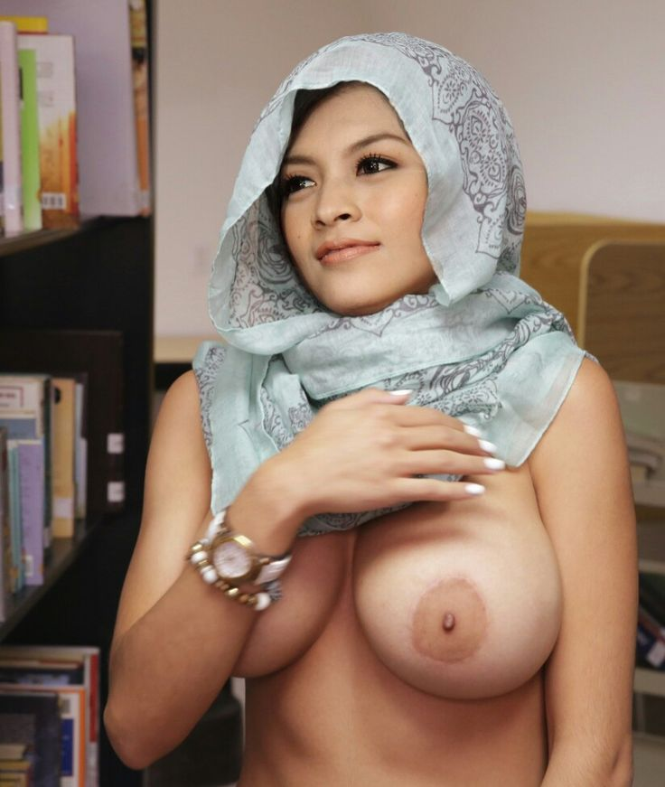 bria-cute-girl-naked-hijab-brunette
