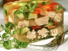 Sülze mit Gemüse und Kalbsfleisch - smarter - Zeit: 50 Min. | eatsmarter.de