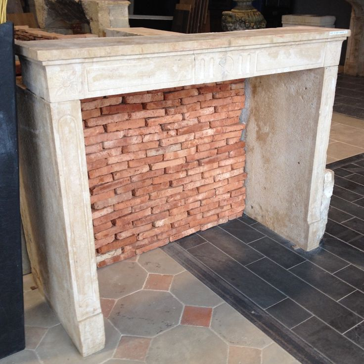 17 meilleures id es propos de chemin es en pierre sur for Construire cheminee foyer ouvert