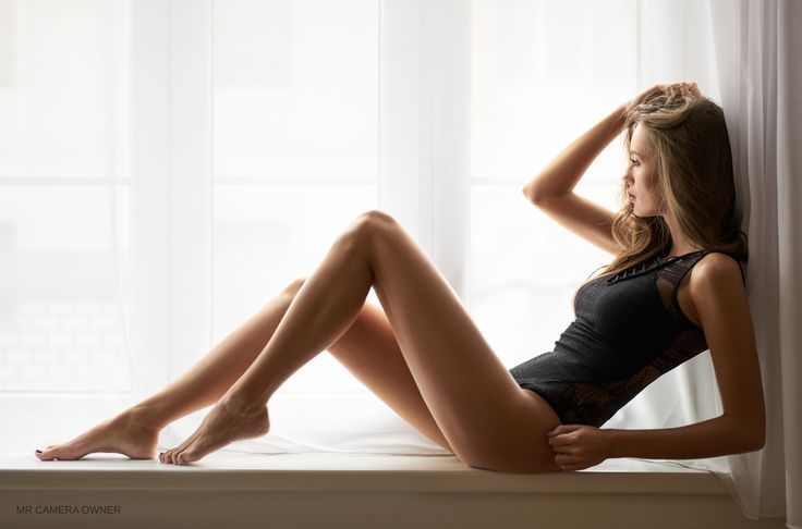 """Nicol in the window - Indoor natural portrait with amazing Nicol in Sean Archer pose :-) You can also <a href=""""https://www.facebook.com/mrcameraowner"""">follow me on my FB page here</a> and <a href=""""https://instagram.com/mr_camera_owner/"""">follow me on my instagram here</a>"""