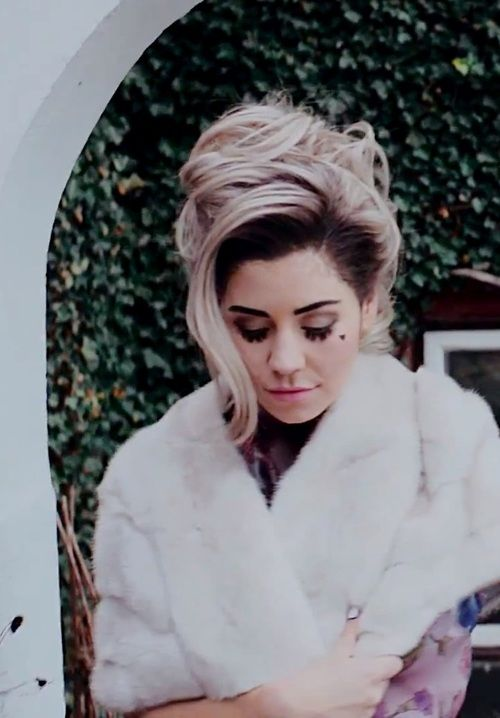 Marina and the Diamonds <3 Primadonna  Starring Role