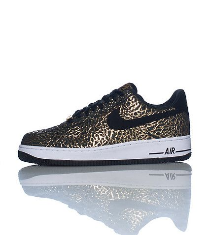 NIKE Air Force One Low top,Lace front sneaker Padded tongue with logo Leather material Contrasting sole trim