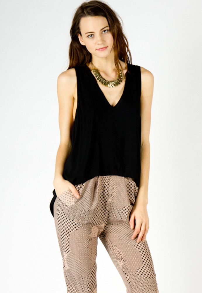 victoria sleeveless woven top ++ a x thread: Zz Style, Victoria Sleeveless, Style Icons, Woven Tops, Sleeveless Woven, Products, Black