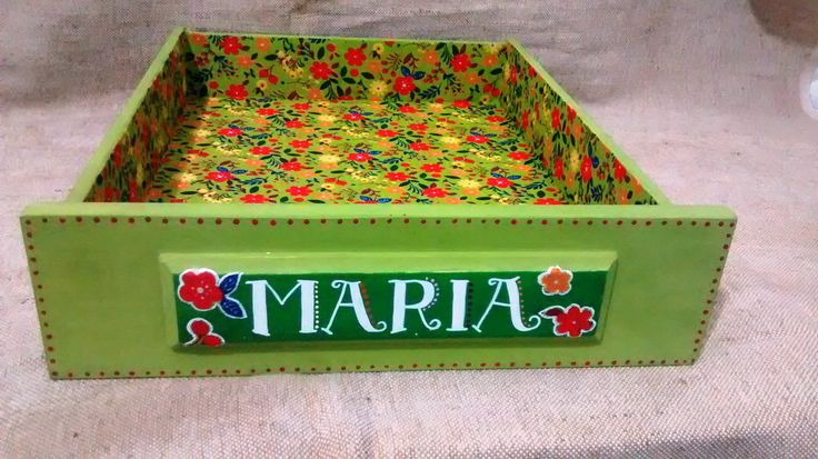 cama de pet feita de gaveta...gatinha Maria