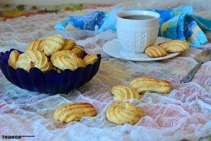 Фото к рецепту: Лимонное печенье с маком