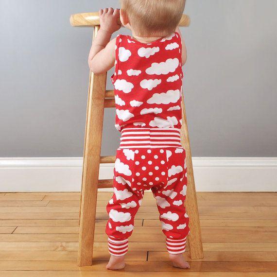 Naaien patroon pdf voor baby en peuter grote kont broek - gemakkelijk foto tutorial!  U moet:   Gebreide stof voor benen en balg. Ik hou van