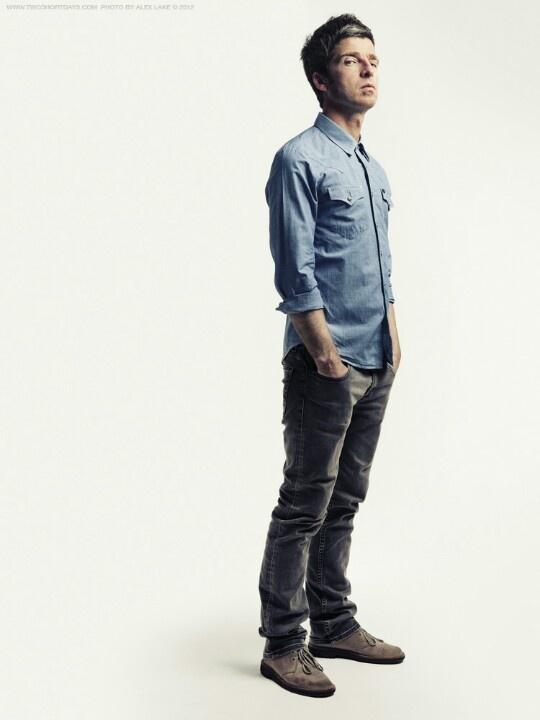 Noel Gallagher (photo by Alex Lake)