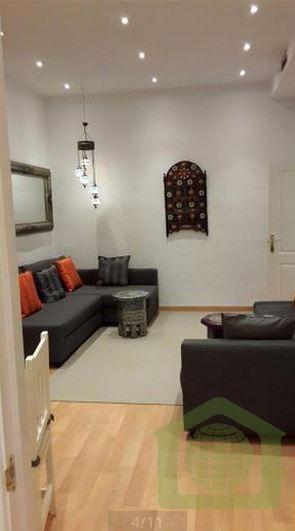 Piso en alquiler vacacional en el Centro de Málaga, con 1 dormitorio, salón, cocina y baño. Para 6 personas.