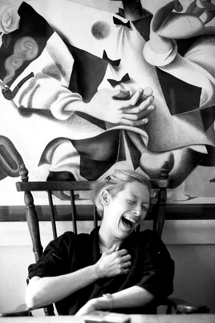 LA VIE DES FORMES — lesravageurs: Ravageuses laugh.   Tilda Swinton by...