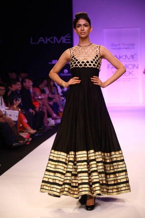 Lakme Winter 2013 Jatin Varma black gold lehnga #lehenga #choli #indian #shaadi #bridal #fashion #style #desi #designer #blouse #wedding #gorgeous #beautiful