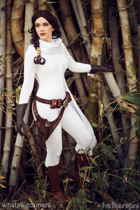 Eve Beauregard as Princess Leia (Star Wars)