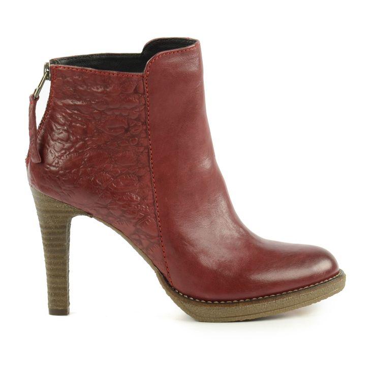 Rode stiletto enkellaarsjes - Red Stiletto Ankle Boots