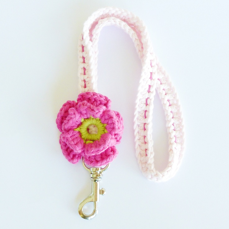 Giveaway: crochet keycord!