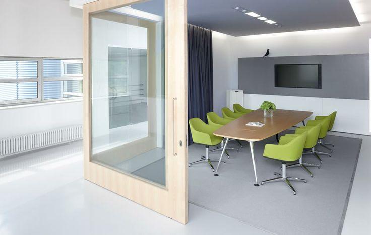 Im genes softshell chair la oficina productiva vitra for Office design vitra