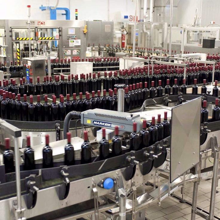 #19dibabo #19dibaboevents #wine #sparkling #red #cabernet #production Www.19dibabo.com