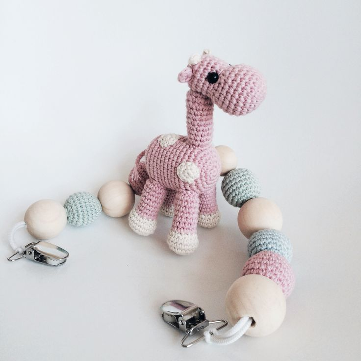 Crochet stroller toy by Katiu