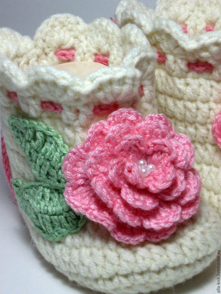 Купить Теплые пинетки сапожки для новорожденной малышки - пинетки, пинетки для новорожденных, пинетки для девочки
