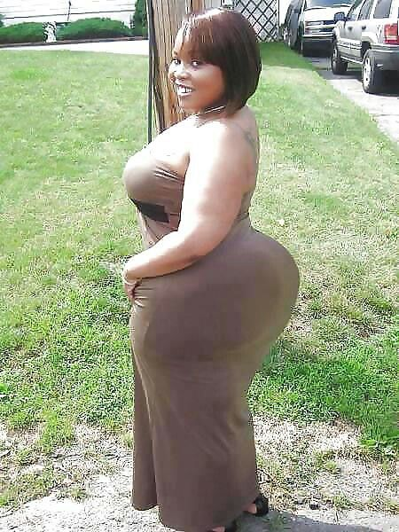 Naked kenyan fat mature