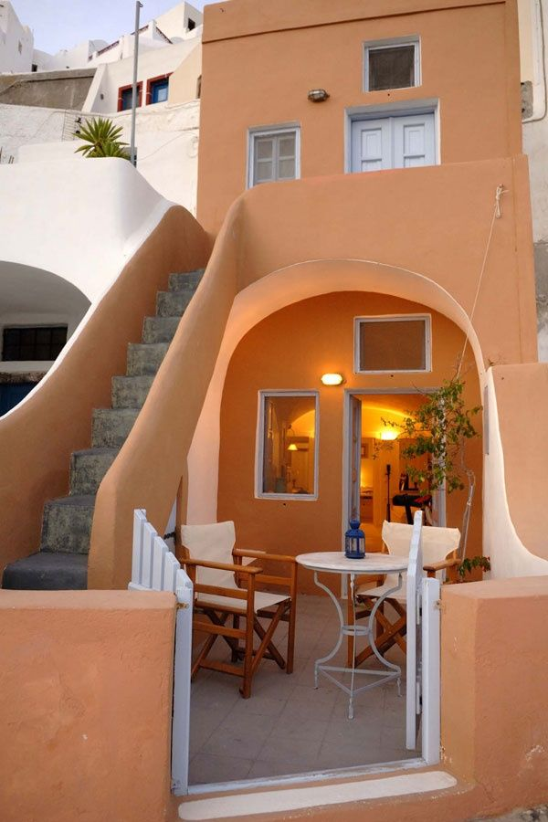 Oia, cave house, Santorini, Greece