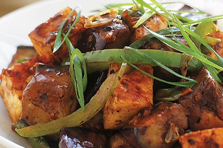 Tofu and eggplant in black bean garlic sauce #vegetarian http://www.taste.com.au/recipes/9915/tofu+and+eggplant+in+black+bean+garlic+sauce