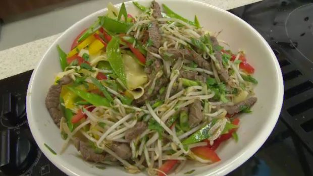 Chef Lauren Cameron takes us through simple steps to make a delicious beef and vegetable stir-fry. Click on the link for the recipe http://atlantic.ctvnews.ca/beef-and-vegetable-stir-fry-1.2801296