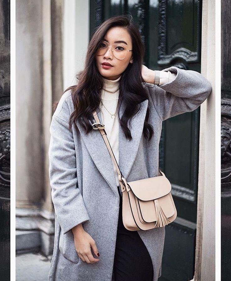 Fall Style in Zella Studio coat    ig @tlnique