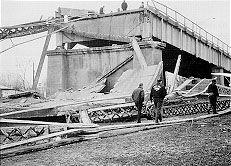 The silver bridge WV. 46 people die when a single eye-bar link broke during Christmas season rush hour.