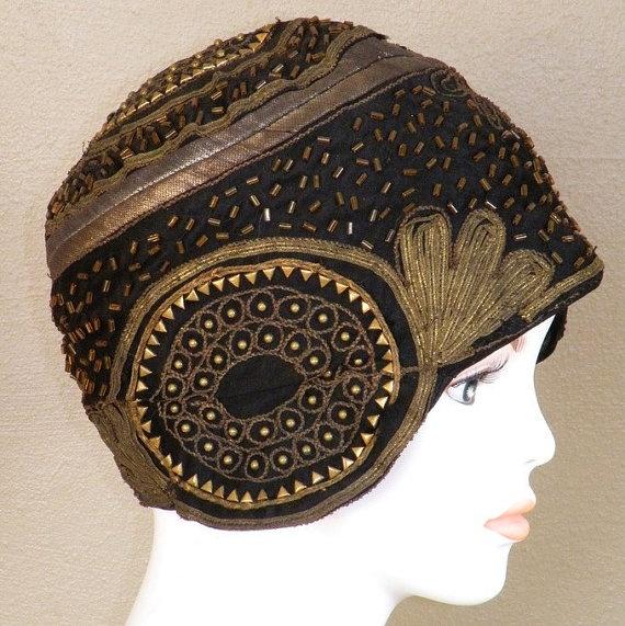 1920s cloche Hat Heavily Beaded Black Silk Gold