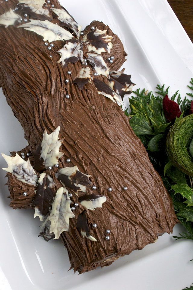 B che de no l aka yule log yule logs pinterest boxes yule log and logs - Buche de noel decorations ...