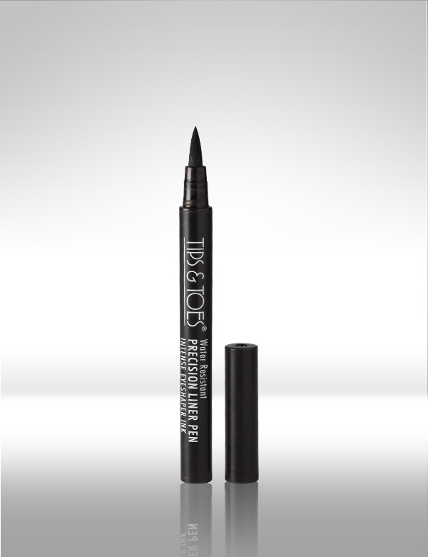 Water Resistant Precision #Liner #Pen - Precision Liner Pen that will artistically define your eyes in a simple, trendy as well as Dramatic fashion. So now get the perfect look with this unique liner pen. MRP Rs.350/-